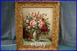 Bouquet de roses. Huile / toile de 1957, signé DUCRET. Cadre doré h 64x54 cm