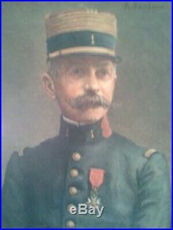 MAGNIFIQUE PORTRAIT D'OFFICIER Huile sur toile signée Baudens, début XXème